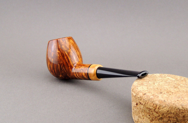 Pavel Gorbunov Pipe PG1502