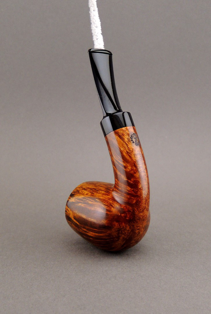 Pavel Gorbunov Pipe PG1512